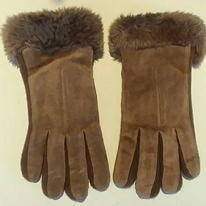 Finale Brown Suede Gloves